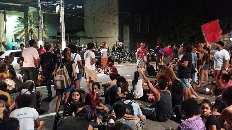 Repressão de ato contra a PEC 55 (antiga PEC 241) em Belém (PA)
