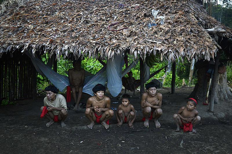 Das 255 aldeias Yanomami, 197 estão localizadas no noroeste de Roraima.