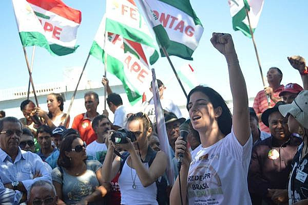 Do Vale do São Francisco ao Recife a Caravana envolveu milhares de pessoas de dezenas de cidades pernambucanas na realização de atos e plenárias.