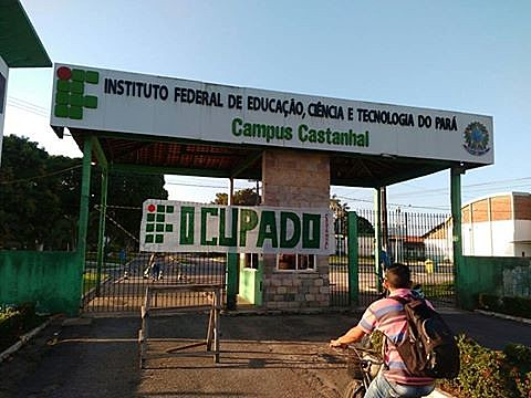 Fachada do campus Castanhal do IFPA após a ocupação dos estudantes nesta terça (25)