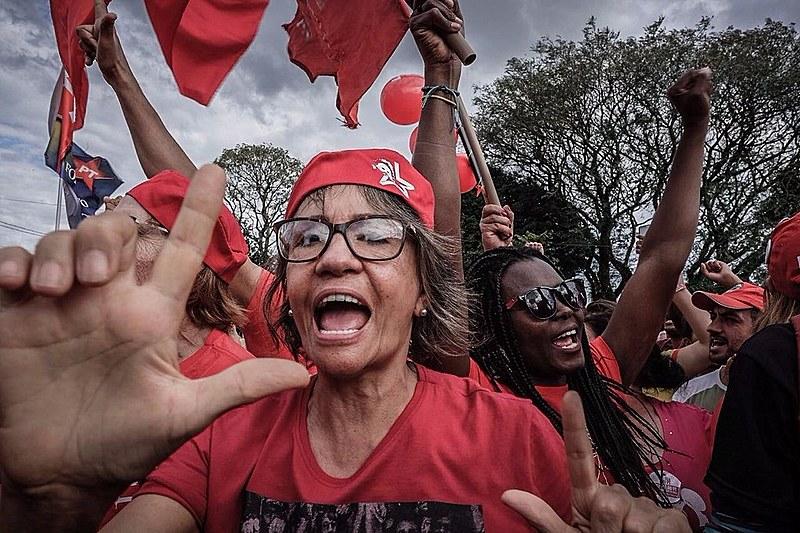 Concentração na Vigília Lula Livre, em Curitiba, à espera da liberdade do ex-presidente Lula