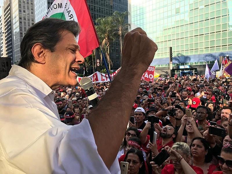 Para Fernando Haddad, Lula incomoda porque começou a transformação no Brasil