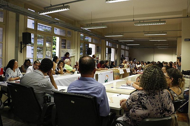 Reunião do Conselho Estadual de Saúde de MG, ocorrida na segunda (26), debateu a situação do hospital e contou com a presença de 150 pessoas
