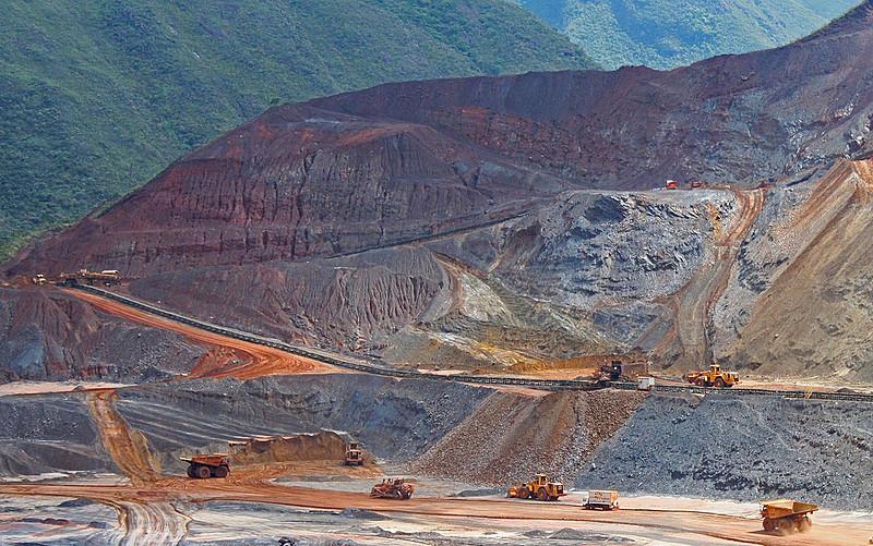 Extração Mina Germano, da Samarco, localizada no complexo em Mariana (MG)