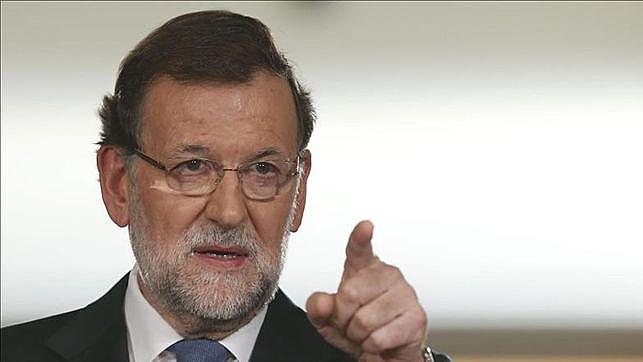 A primeira medida da aplicação do artigo 155 será a dissolução do governo da Generalitat da Catalunha e a convocação de novas eleições