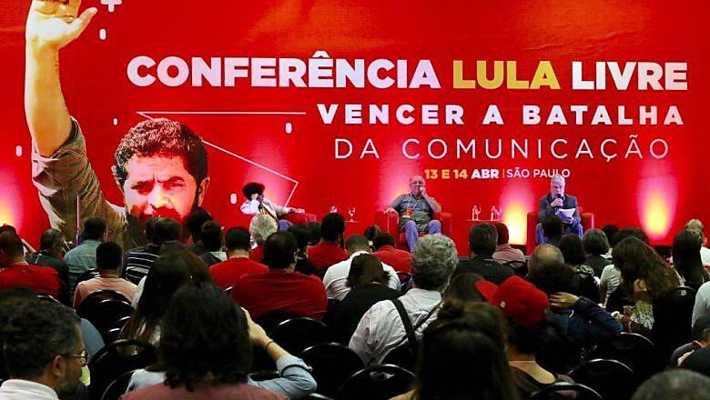 Debates ocorrem ao longo deste sábado em São Paulo
