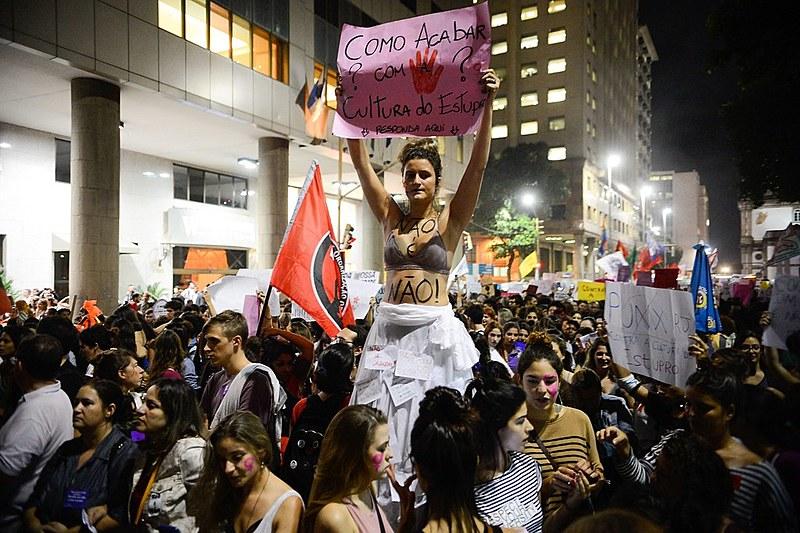 Protestos em várias cidades denunciam a cultura do estupro