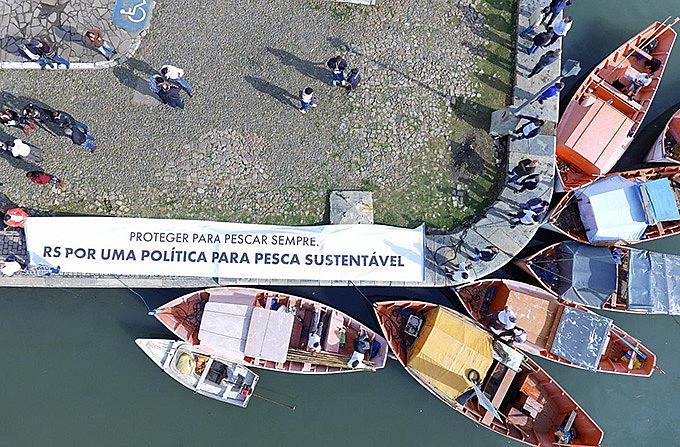 Pescadores artesanais e industriais do RS conquistaram política para o setor em 2018, depois de muito debate