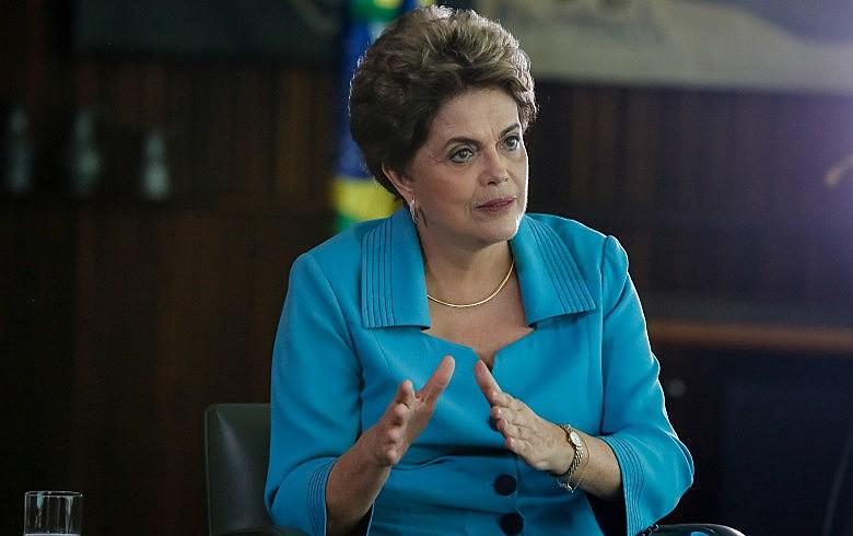 Dilma: 'Impeachment abriu porta para política ultraliberal em economia e conservadora em todo o resto'