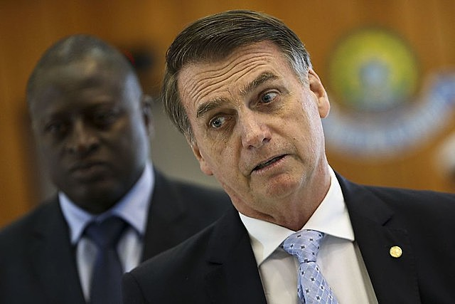 Half of poll respondents said they do not approve the education budget cuts announced by the Bolsonaro administration
