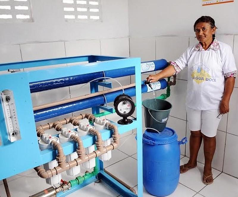 No Nordeste, 482 sistemas de dessalinização já funcionam em 170 municípios.