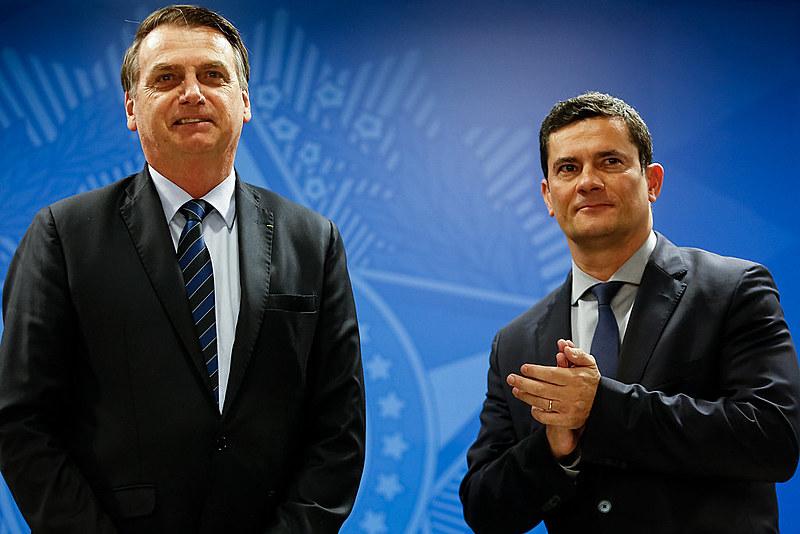 Sergio Moro direcionou as ações de delegados e procuradores da Lava Jato e impediu que Lula fosse candidato