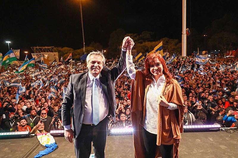 Cristina reúne todos os atributos que Bolsonaro mais teme. Em primeiro lugar, ela é mulher.