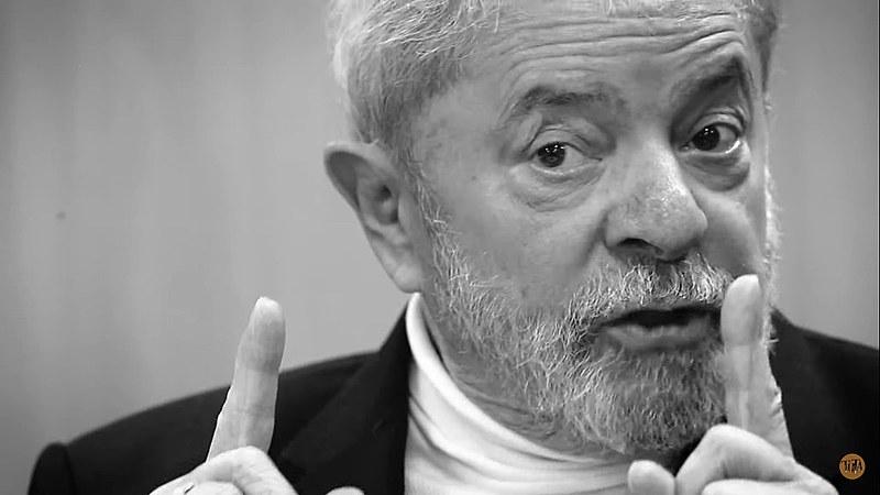 Ex-presidente Lula é entrevistado pelo DCM e Blog Tutaméia, esta foi a quarta entrevista feita com o petista na prisão