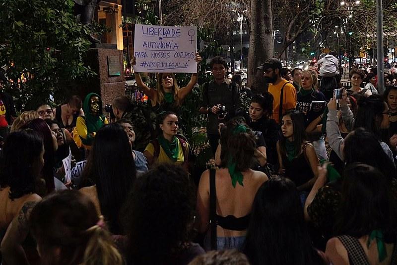 Manifestações pela descriminalização do aborto ocorrem nesta sexta-feira (22)