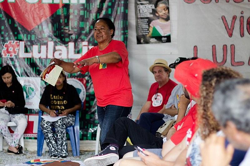 Dona Ana Maria Santos da Cruz lembrou história do povo negro, afirmando que luta quilombola vai resistir ao governo Bolsonaro