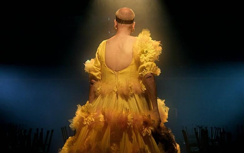 Marquesa foi internada pela família e decidiu que se vestiria de mulher só nos palcos para não afrontar a mãe