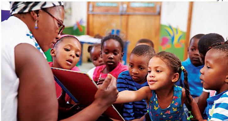 Alunos nas escolas em período integral, estágios remunerados para estudantes do ensino médio e formação com uma visão mais ampla de mundo