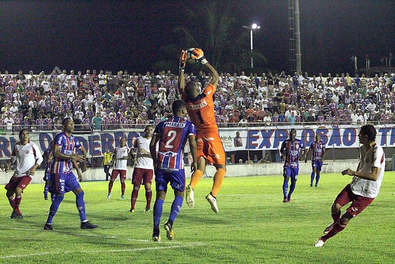 Náutico e o Itabaiana, de Sergipe, se enfrentam neste domingo (13), às 16h, na Arena Pernambuco, em São Lourenço da Mata.