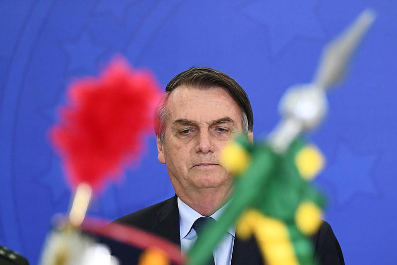 Governo Bolsonaro é marcado por polêmicas e ritmo lento na economia