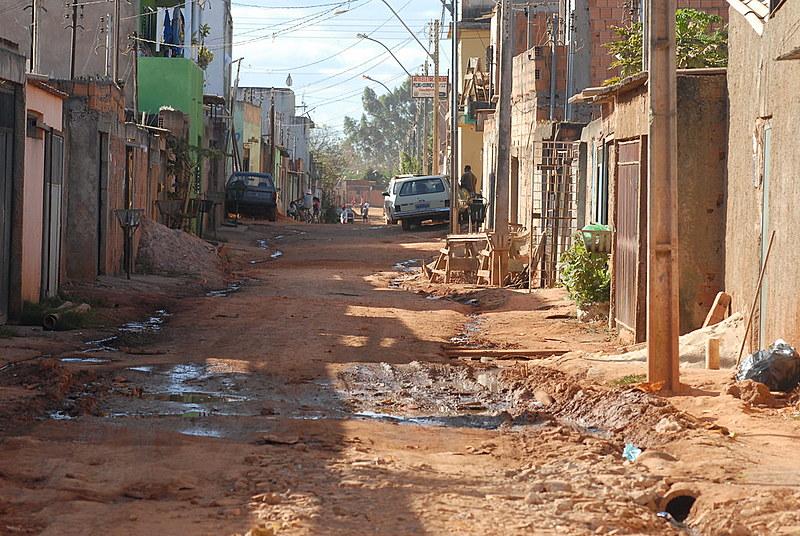 Proporção de famílias que vivem na extrema pobreza aumentou em quatro das cinco regiões do país