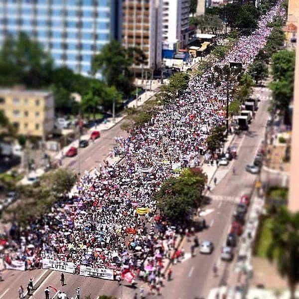 Diversas capitais do Brasil e do mundo realizam ações no Dia do Trabalhador