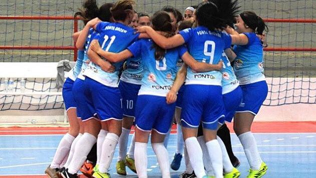 Após sofrer o primeiro gol, equipe de Ponta Grossa virou o jogo e fez 7x1 sobre o Londrina