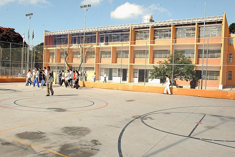 Escola Municipal Analia Franco Bastos, no bairro do Catumbi, é um dos colégios que receberá eleitores bolivianos em São Paulo