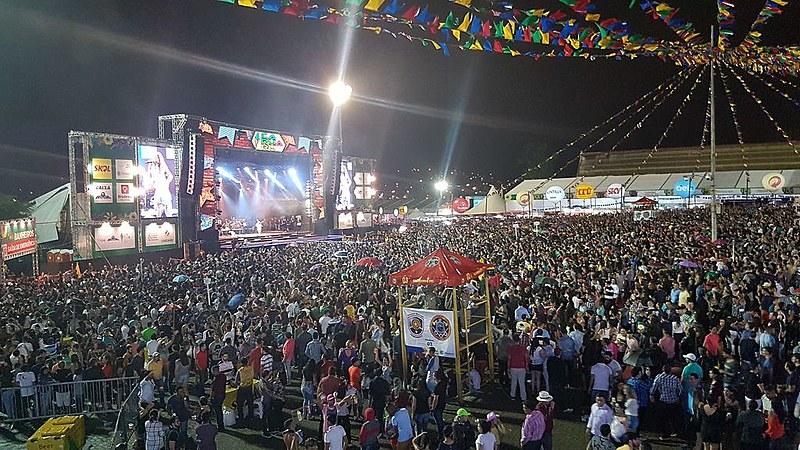 No primeiro fim de semana da festa em Caruaru (PE), o público foi de 80 mil pessoas.