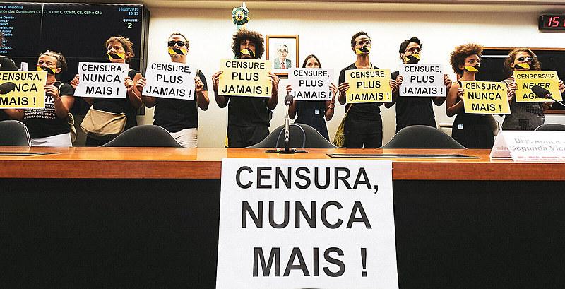 """""""Precisamos analisar daqui pra frente como deveremos continuar reagindo às atitudes do governo brasileiro"""""""