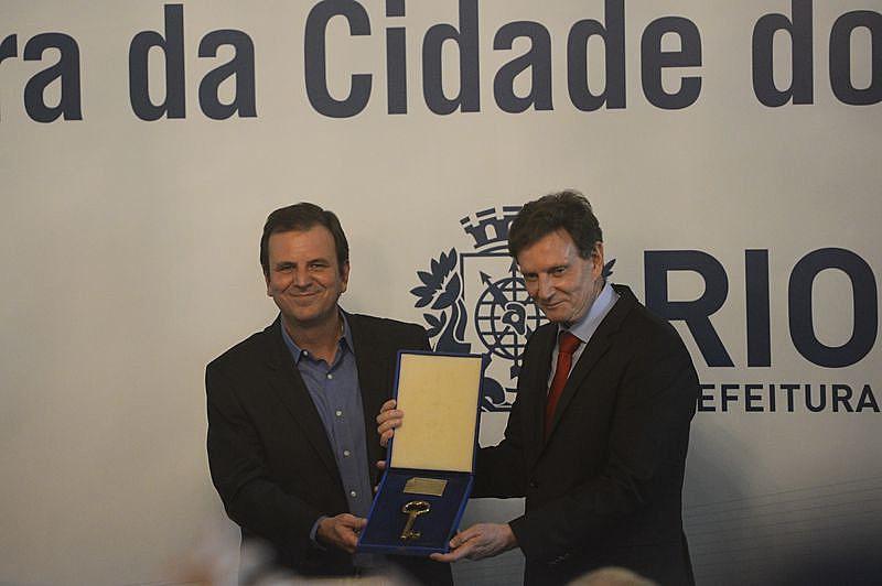 Transformar a velha política não ultrapassou de discurso da campanha eleitoral segundo avaliação do cientista político Vitor Leandro Gomes