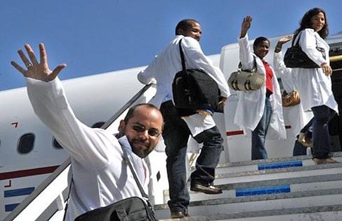 O governo cubano enviou 38 profissionais de saúde especializados em atuação em catástrofes