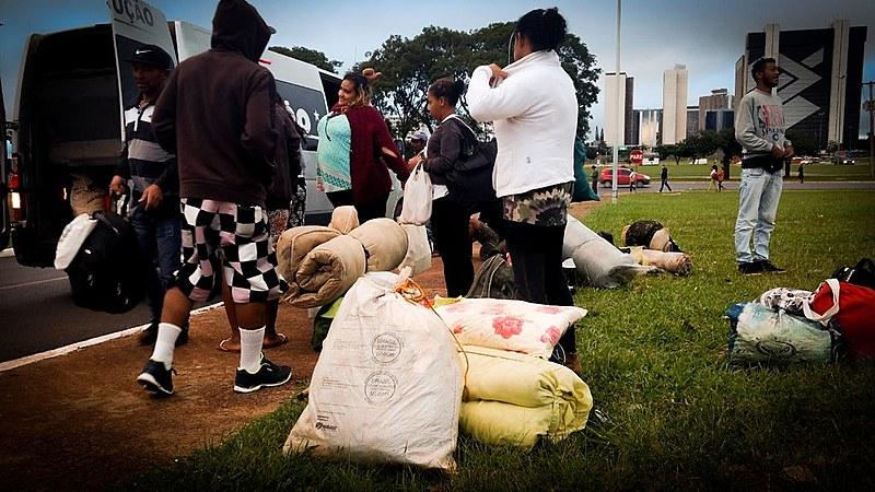 Acampamento em Brasília reúne militantes vindos de estados como Goiás, Tocantins, Bahia e Minas Gerais