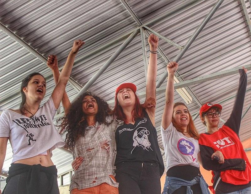 Mulheres participam de formação para o Congresso do Povo no Sul de Minas, em Poços de Caldas.