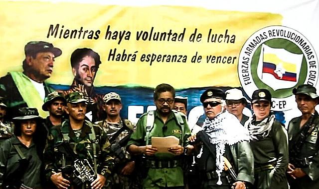 """Dissidentes invocaram direito """"a se armarem contra opressão"""" por considerarem que governo colombiano não cumpriu acordo de paz"""