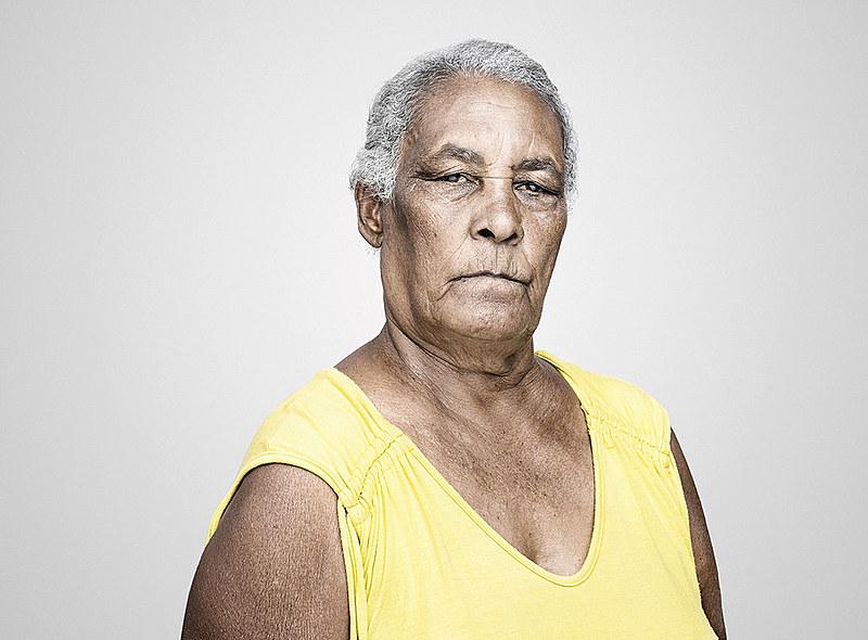 Livro conta com retratos, ensaios fotográficos e entrevistas dos moradores