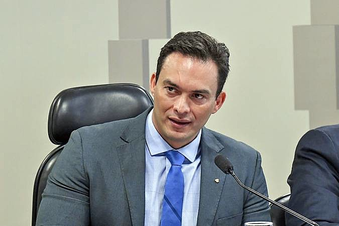 Senador Styvenson Valentim (PODE) foi um dos parlamentares potiguares que votaram a favor da Reforma