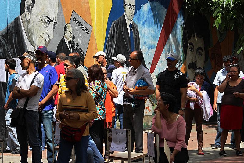 Com as eleições de ontem, a Venezuela já realizou 21 pleitos em 18 anos de chavismo.