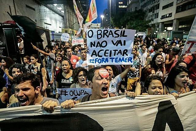 Protesta contra las medidas del gobierno golpista de Temer (MDB) en el Centro de Rio de Janeiro, en 2016
