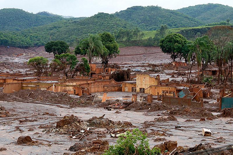 """""""O Estado falhando em adotar medidas capazes de evitar desastres como em Mariana (MG)"""""""