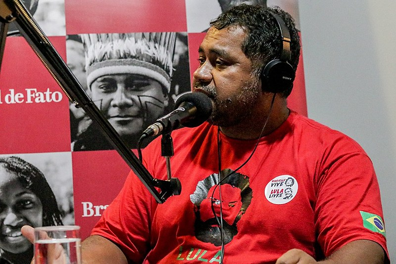 Primeiro convidado do programa Brasil de Fato, João Paulo Rodrigues, da Direção Nacional do MST, fala sobre agricultura familiar