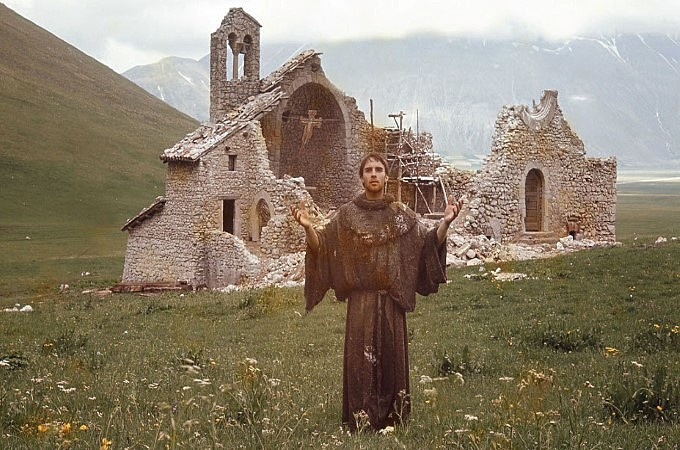 São Francisco, interpretado por Graham Faulkner, no filme Irmão Sol, Irmã Lua, de Franco Zefirelli.
