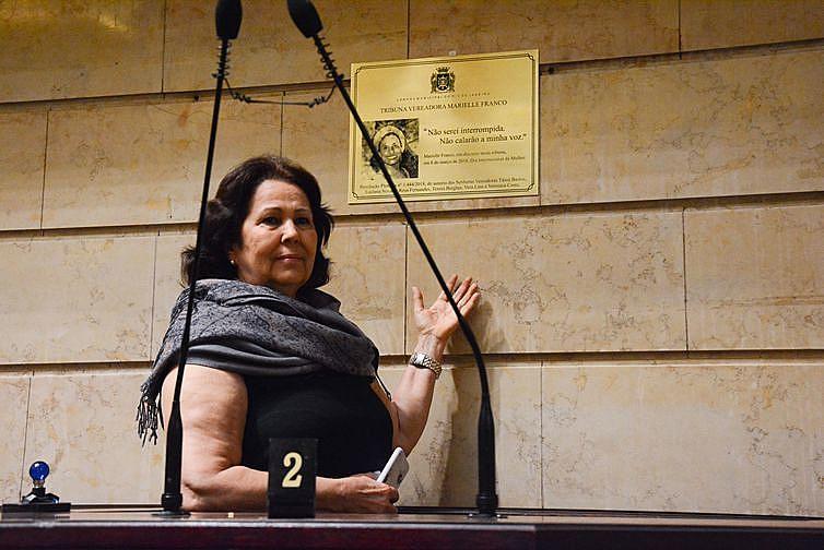 A  vereadora  Teresa  Bergher,  uma  das  autoras  da proposta  que  deu  o  nome  de  Marielle  Franco  à  Câmara  Municipal  do  Rio