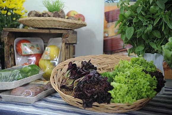 A maioria de produtos orgânicos são adquiridos em supermercados; possível proibição gerou polêmica