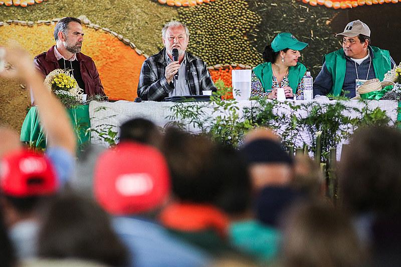 João Pedro Stedile, dirigente nacional do MST e o militante de agroecologia, Vanderley Ziger participam de análise de conjuntura