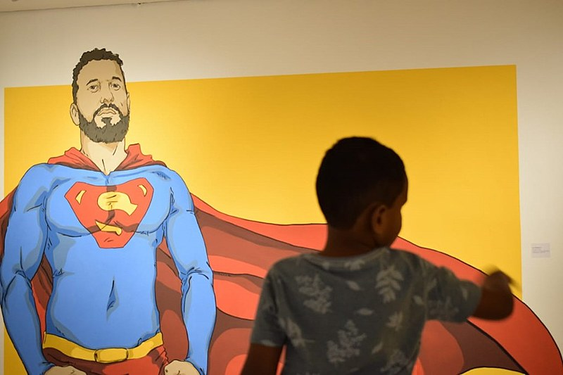 Samuel questiona a falta de representatividade nas histórias em quadrinhos, que marcaram sua infância, assim como a de outras crianças