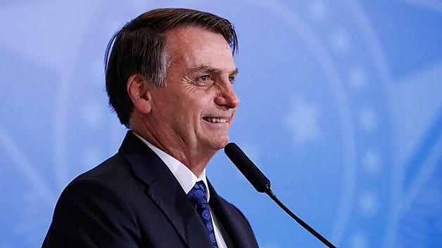"""Jair Bolsonaro (PSL) justificou-se, no sábado, afirmando que declaração sobre governadores foi """"uma crítica de 3 segundos"""";"""