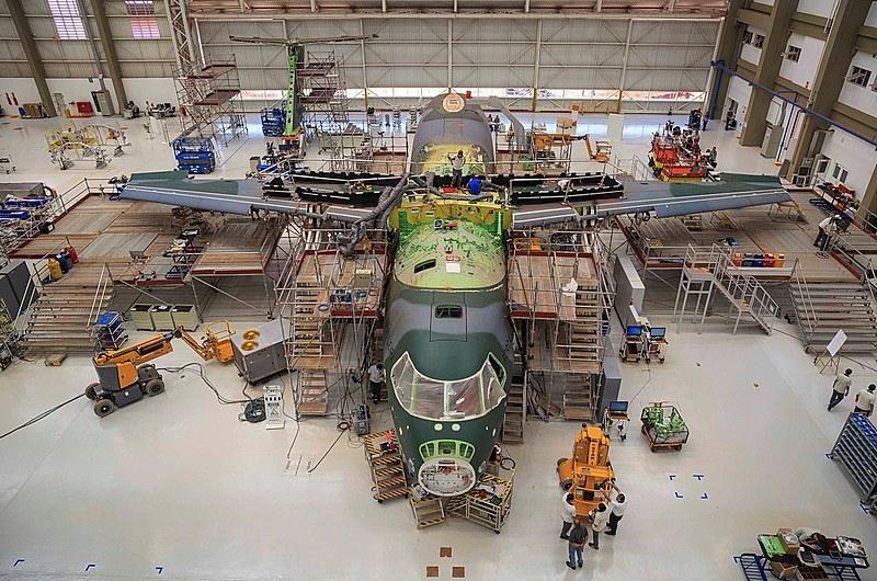 Acordo entre a Embraer e a Boeing causa preocupação em setores das Forças Armadas e do Itamaraty
