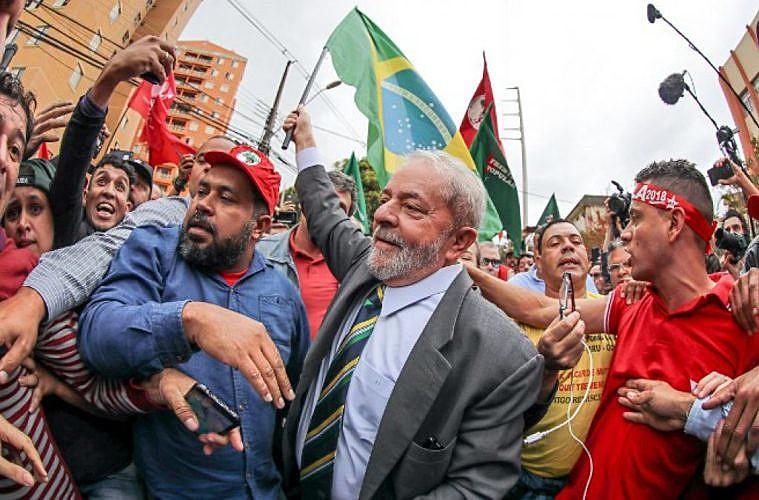 """Celso Amorim y otras personalidades brasileñas e internacionales impulsan el manifiesto """"Elección sin Lula es fraude"""""""