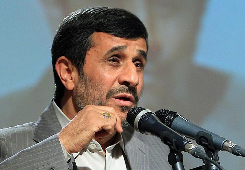 Ex-presidente Ahmadinejad foi preso por incitar protestos, diz jornal